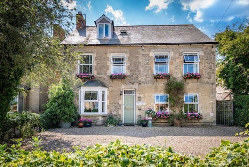 Burford Road, Witney, Oxfordshire OX28 6DR