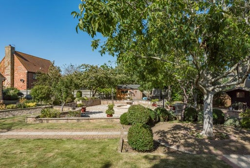 The Woodlands, Chesterton, Bicester, Oxfordshire OX26 1TN