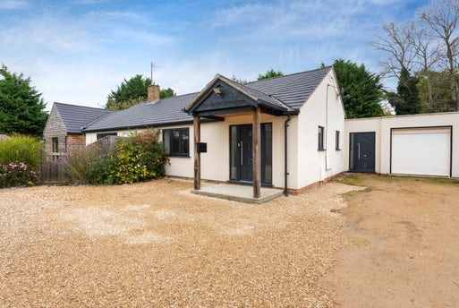 Witney Road, Freeland, Oxfordshire OX29 8HQ