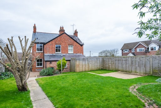 Beechcroft Cottages, Wheatley Road, Forest Hill, OX33 1EL